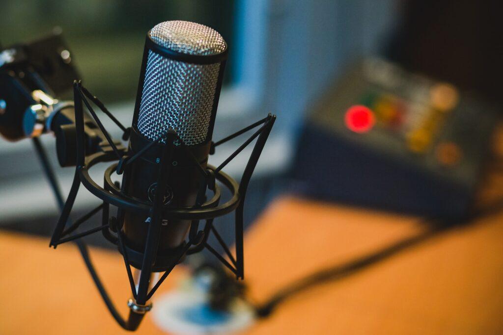 Podcast Branding Service